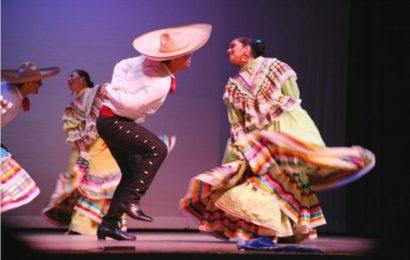 Danzas Folklorico Manzanillo Mexico Viva comes to Alberta
