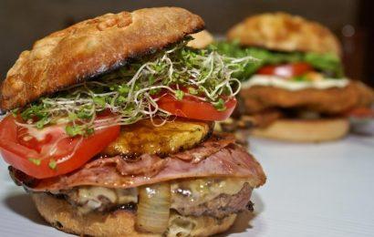 Monster Burger Restaurant