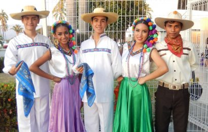 Dancing Around the World in Mexico