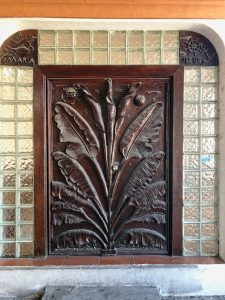 Front doors to house - Manzanillo Sun eMagazine